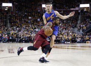 NBA: Η κορυφή του Top 10 ανήκει στον Ίρβινγκ! [vid]