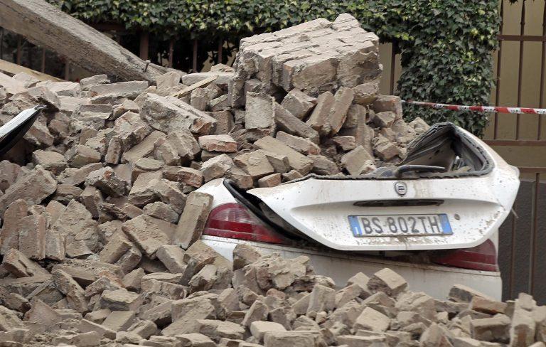 Νύχτα τρόμου με 18 μετασεισμούς στην Ιταλία | Newsit.gr