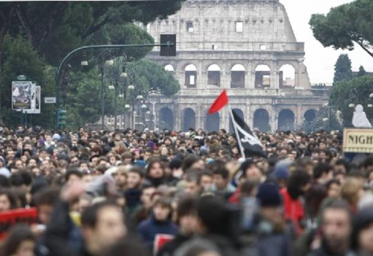 Διαδηλώσεις σε Λονδίνο και Ρώμη – Παρών και ο ΣΥΡΙΖΑ   Newsit.gr