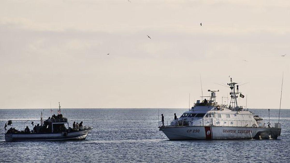 Τραγωδία με μετανάστες – Βυθίστηκε το πλοίο τους ανοιχτά της Λιβύης | Newsit.gr
