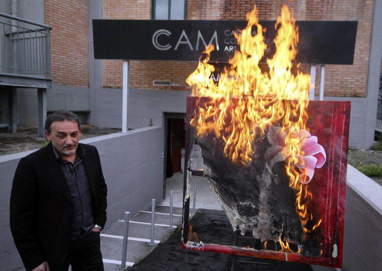 Ιταλικό μουσείο ξανακαίει έργα τέχνης – Στις φλόγες και έργο έλληνα καλλιτέχνη | Newsit.gr