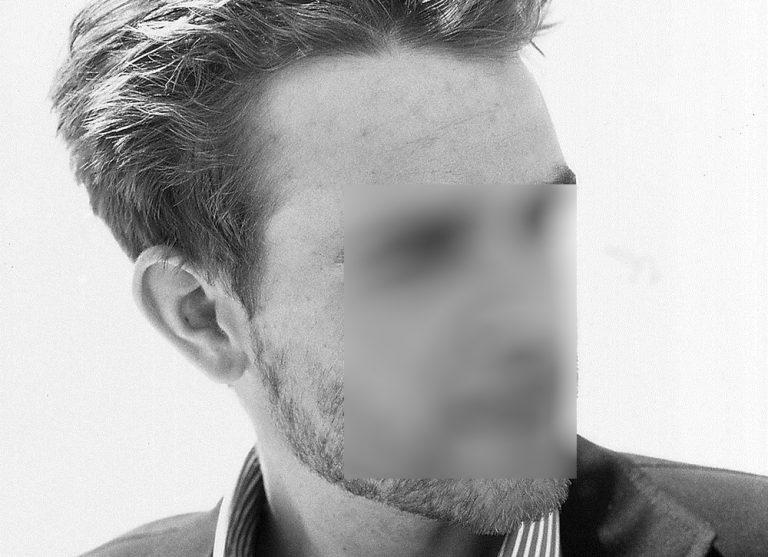 Διάσημος ηθοποιός συνελήφθη να αυνανίζεται σε sex shop! | Newsit.gr