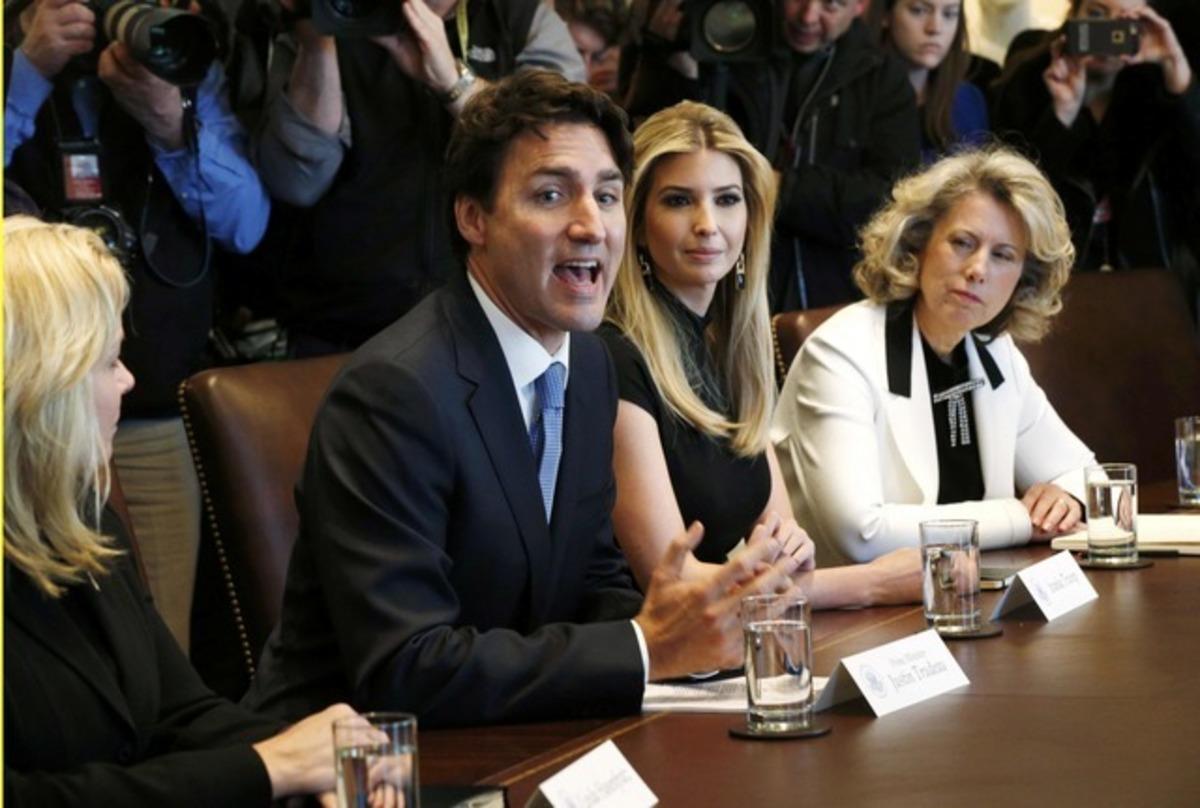 Ιβάνκα Τραμπ: Η απάντηση της για το φλερτ στον Τριντό [pics] | Newsit.gr
