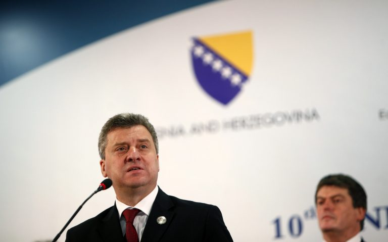 Ιβάνοφ: Τα Σκόπια βοηθούν την Ελλάδα αλλά οι πολιτικοί της ζουν στον 19ο αιώνα | Newsit.gr