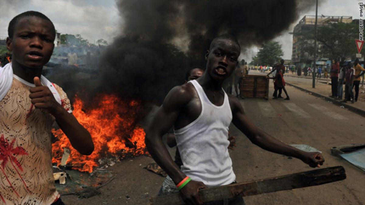 Ακτή Ελεφαντοστού: 800 νεκροί σε μία ημέρα από τον εμφύλιο | Newsit.gr