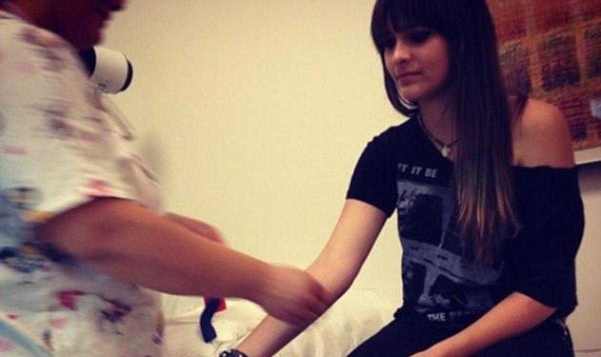 Στο νοσοκομείο η κόρη του Michael Jackson! | Newsit.gr