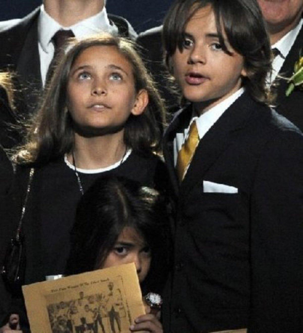 Tα παιδιά του Jackson θα τραγουδήσουν στα Grammy! | Newsit.gr