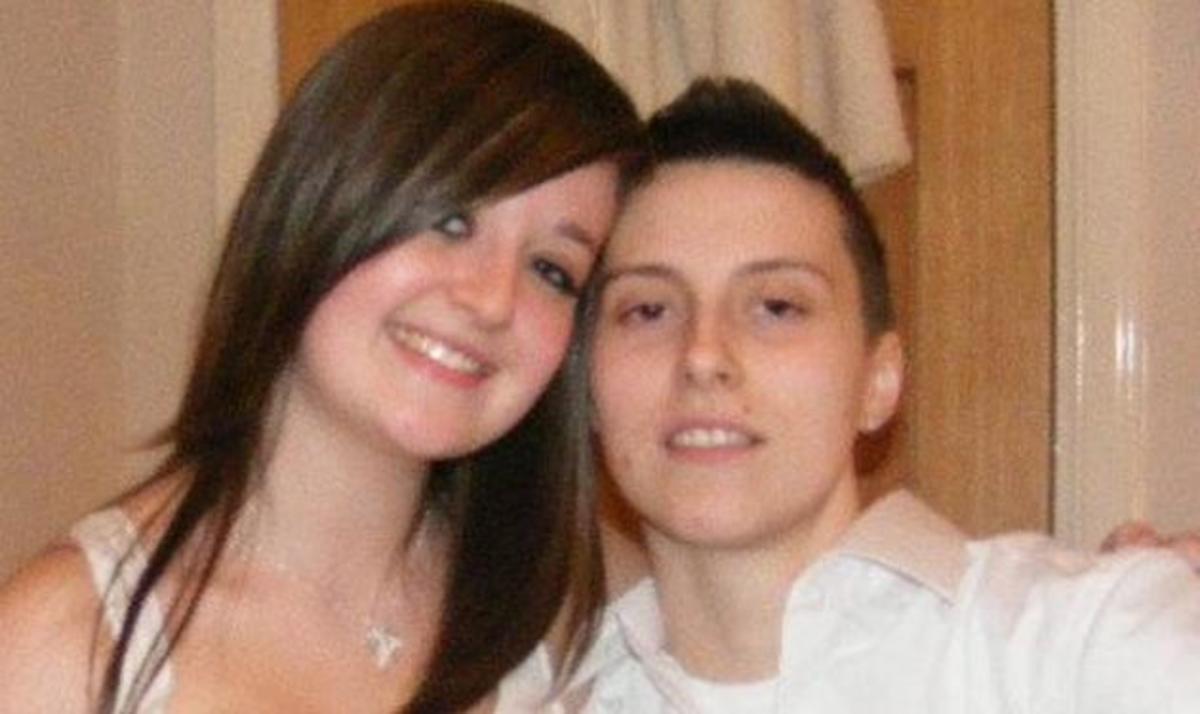 Oταν η Νικόλ έγινε Jason! Στα 19 της έγινε αγόρι και έχει και κοπέλα!   Newsit.gr