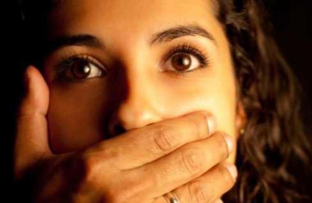 Κρήτη:»Βιντεοσκοπούσαν το βιασμό μου, με τα κινητά τους τηλέφωνα»! | Newsit.gr