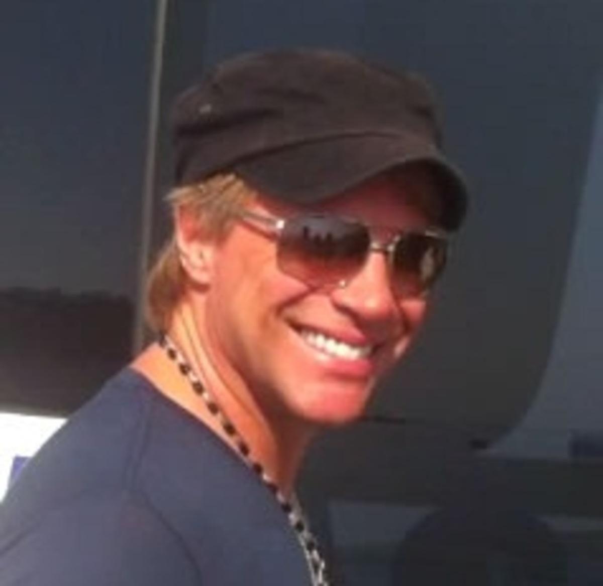 Κέρκυρα:Οι χλιδάτες διακοπές του Jon Bon Jovi -Δείτε το βίντεο! | Newsit.gr