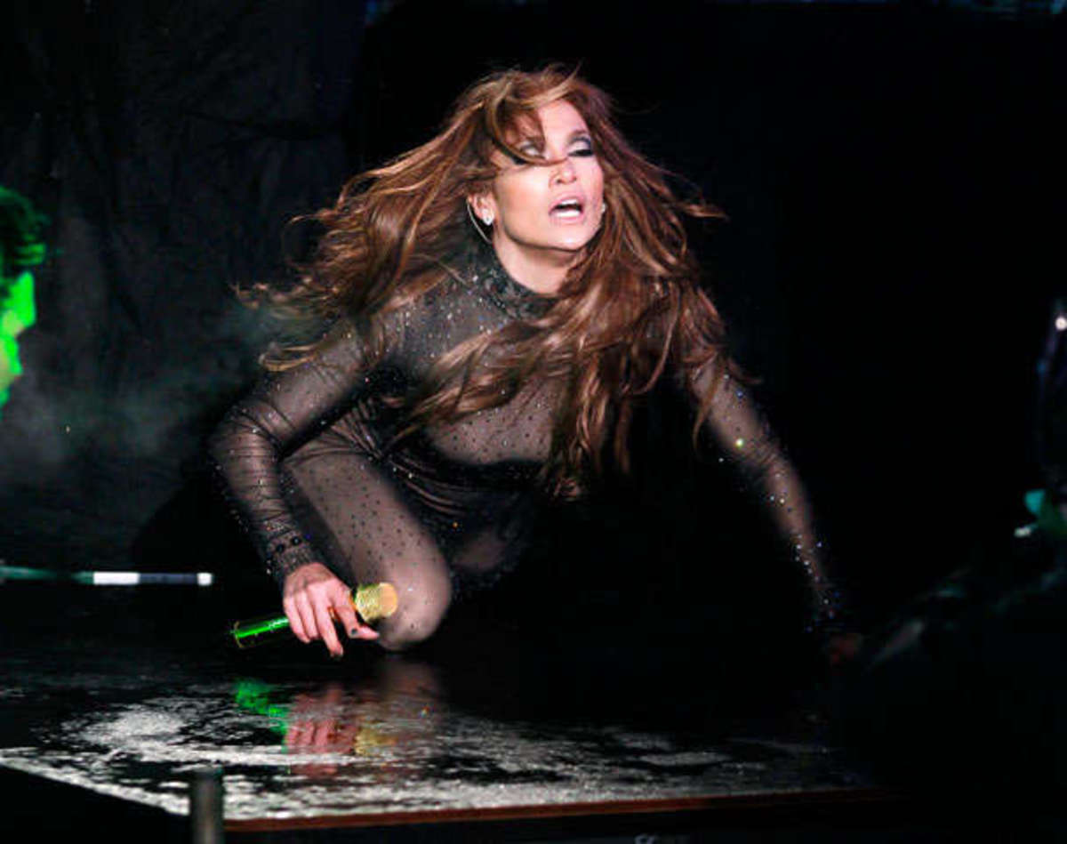 Η σέξι εμφάνιση της Λόπεζ την παραμονή στη Ν.Υόρκη! | Newsit.gr