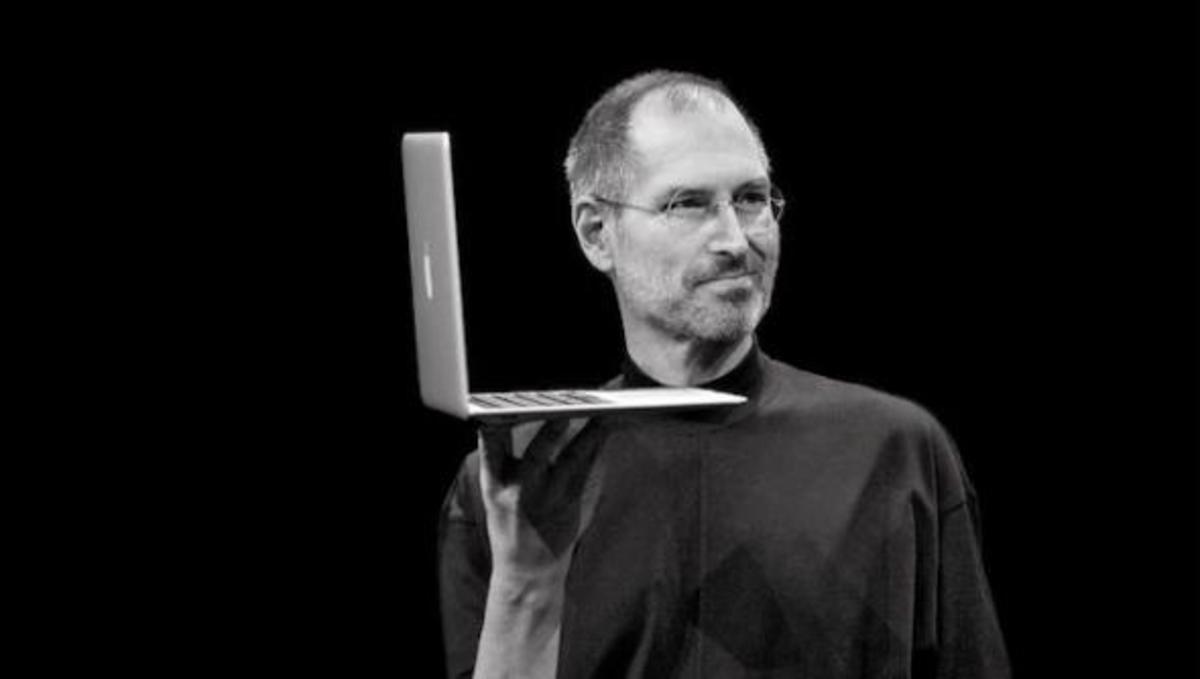 Ένα χρόνο χωρίς τον Steve Jobs! Δείτε το βίντεο που έφτιαξε η Apple για να τιμήσει την μνήμη του | Newsit.gr