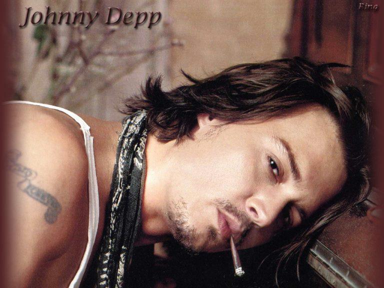 Ο πιο sexy άντρας είναι… ο Depp!   Newsit.gr