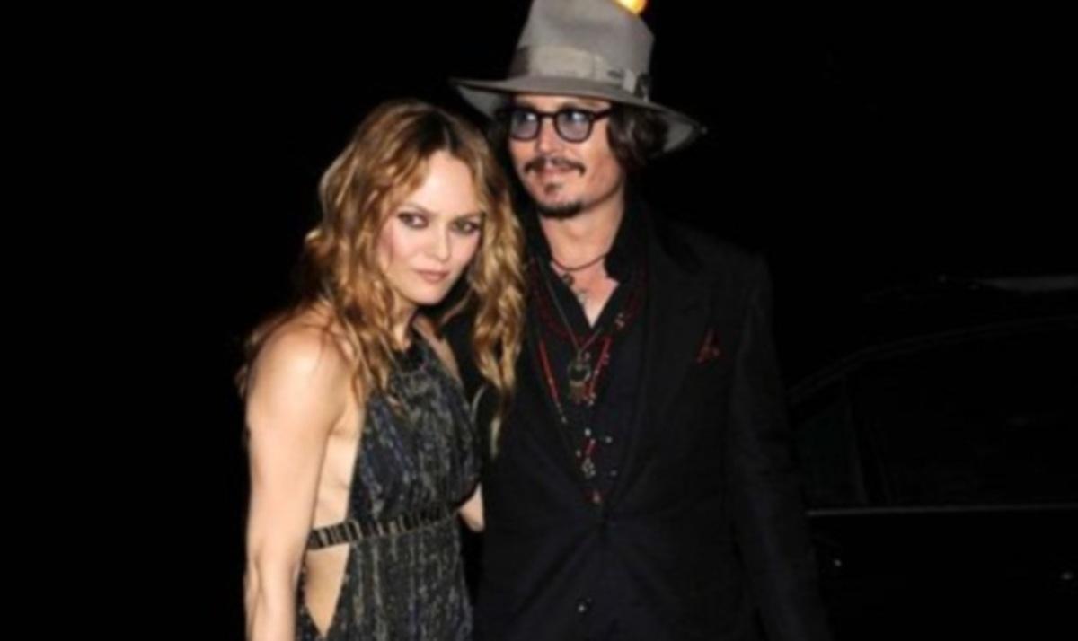 V. Paradis: Μιλά πρώτη φορά για τον χωρισμό της με τον J. Depp! | Newsit.gr