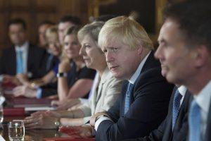Τζόνσον: Η διαδικασία του Brexit θα αρχίσει στις αρχές του 2017
