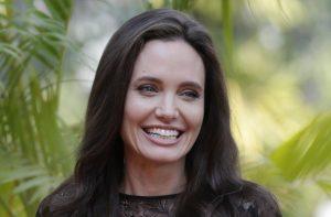 Angelina Jolie: Το τατουάζ που θα της θυμίζει πάντα τον Brad Pitt [pics]