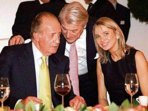 Χουάν Κάρλος: Η ερωμένη ξεμπρόστιασε τον πρώην βασιλιά της Ισπανίας