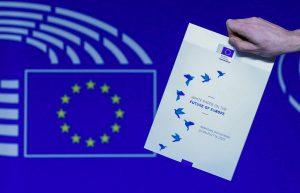 Γιούνκερ: «Πού πας Ευρώπη των 27»; Αυτή είναι η Λευκή Βίβλος!