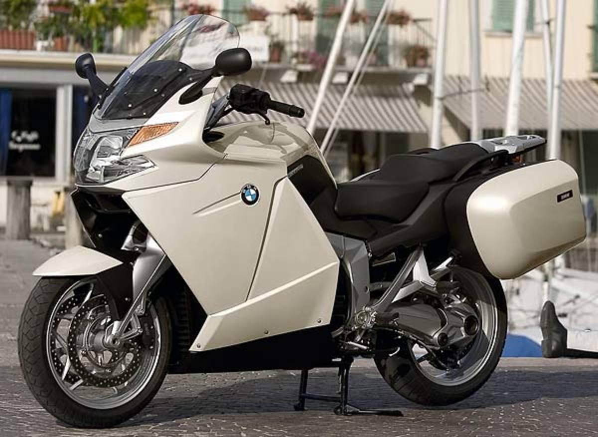 H BMW θα ανακαλέσει 122.000 μοτοσικλέτες | Newsit.gr