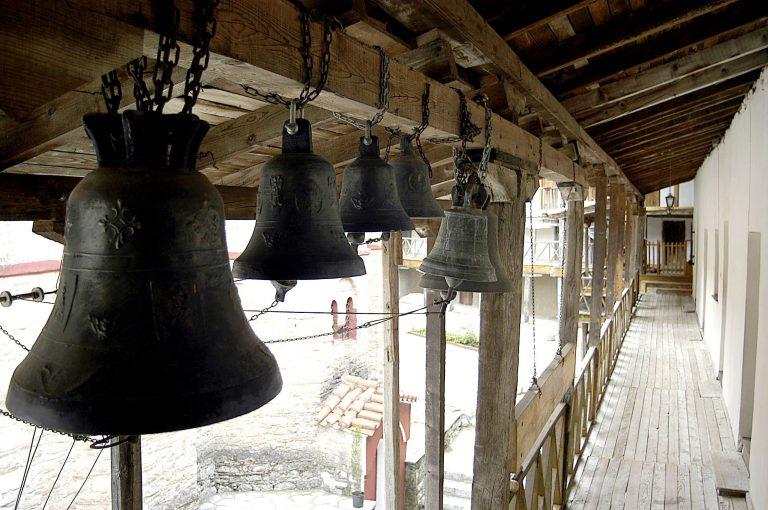 Ζάκυνθος: Έκλεψαν τις καμπάνες της εκκλησίας! | Newsit.gr