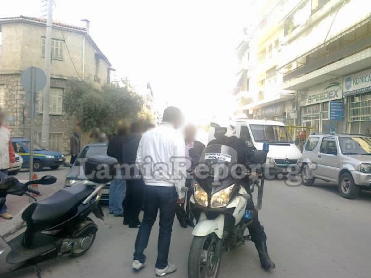 Του επιτέθηκε με καδρόνι γιατί αρνήθηκε να του δώσει χρήματα! | Newsit.gr