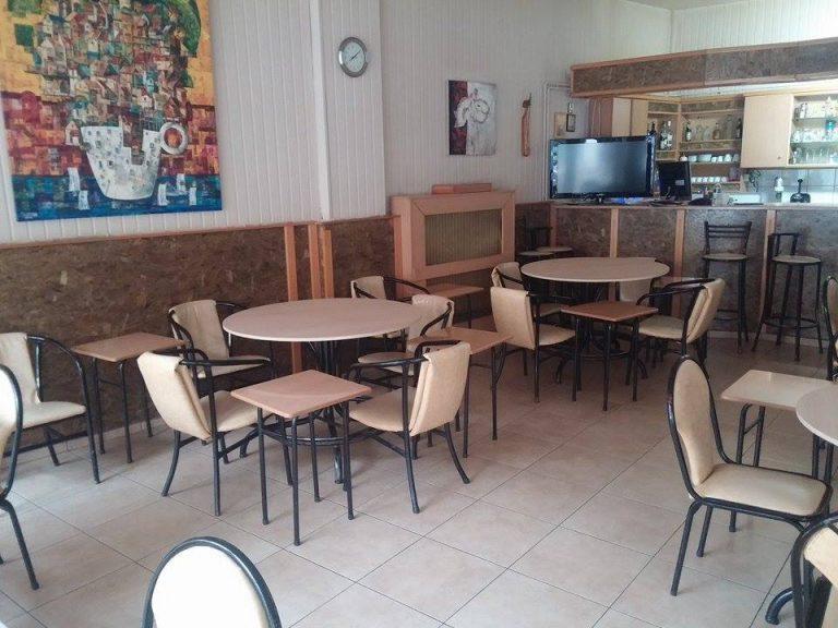 Πτολεμαΐδα: Δεν φαντάζεστε τι σκέφτηκε ιδιοκτήτης καφενείου – Η απίστευτη ιδέα που έγινε viral [pics] | Newsit.gr