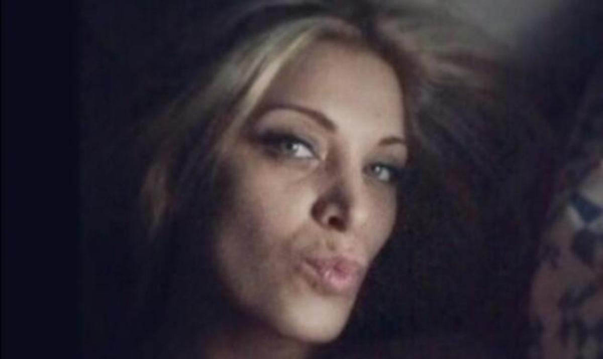 Δες την Κατερίνα Καινούργιου να χουχουλιάζει στο κρεβάτι της! | Newsit.gr