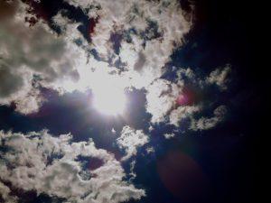 Καιρός: Με υψηλές -για την εποχή- θερμοκρασίες η Κυριακή