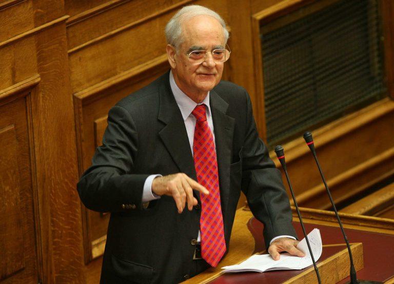 Κακλαμάνης διαψεύδει Ελεύθερο Τύπο | Newsit.gr