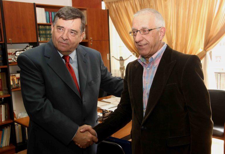 Με τη στήριξη Καρατζαφέρη υποψήφιος ο Κακλαμάνης | Newsit.gr