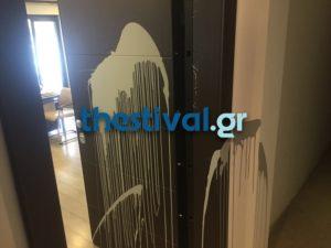 Θεσσαλονίκη: Στόχος αγνώστων το γραφείο βουλευτή της ΝΔ [pics]