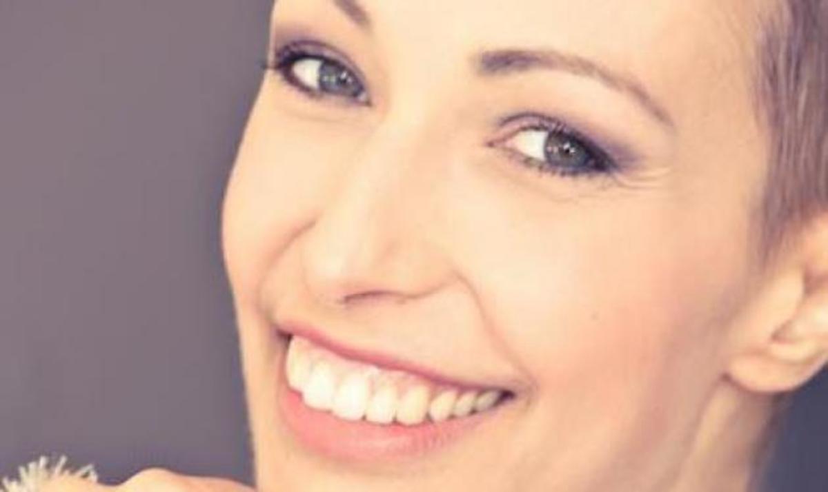 Έχασε την μάχη με τον καρκίνο η Ελένη Καλαμάρη | Newsit.gr