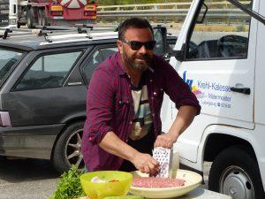 Ο Καλλίδης μας ξεναγεί στις… γεύσεις της Αττικής