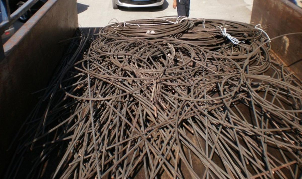 Θεσσαλονίκη: Έκλεβε καλώδια χαλκού από βιοτεχνίες και εργοστάσια | Newsit.gr