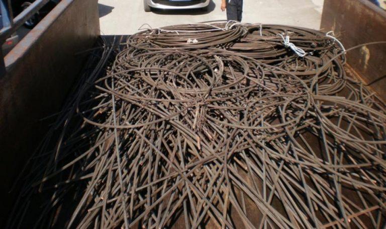 Τρεις νεαροί είχαν «γδύσει» την Καβάλα από χαλκό – Πάνω από 85.000 η αξία των κλεμμένων! | Newsit.gr