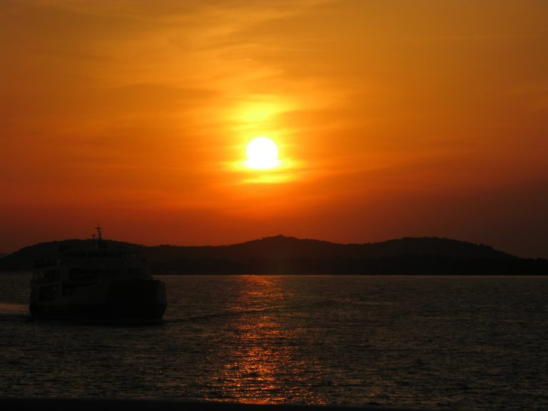 Με μικρή πτώση ο τουρισμός στη Ρόδο σε σχέση με πέρυσι | Newsit.gr