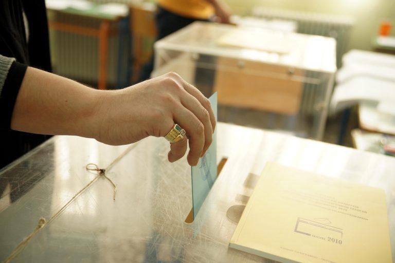 Τελικό: στο 2% η διαφορά ΠΑΣΟΚ-Ν.Δ. με βαριές απώλειες και για τους δύο | Newsit.gr