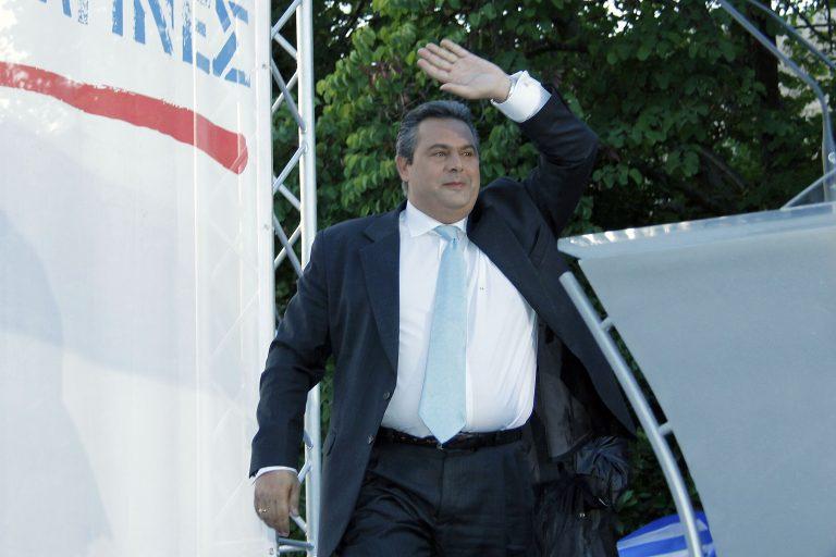 Τι συνέβη στον Καμμένο λίγο πριν ψηφίσει;   Newsit.gr