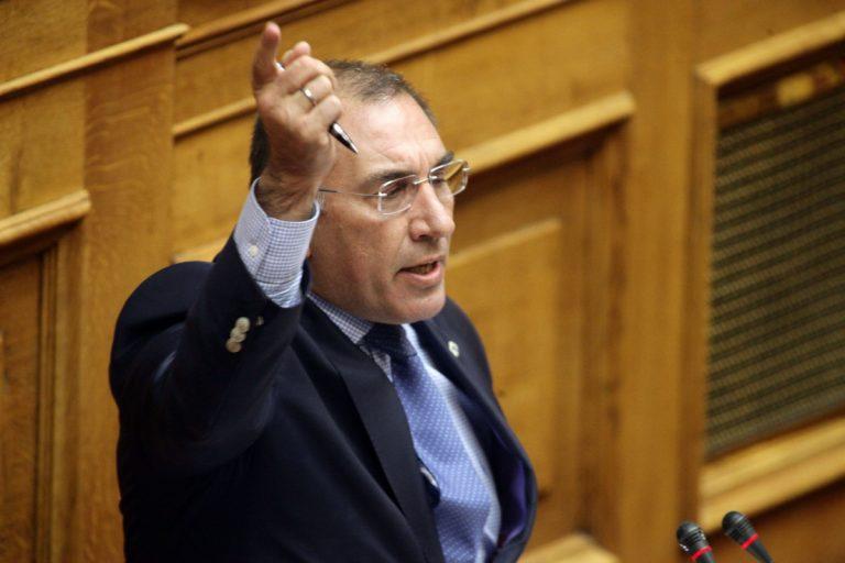 Τρελό άδειασμα Μαυραγάνη σε Δημήτρη Καμμένο   Newsit.gr
