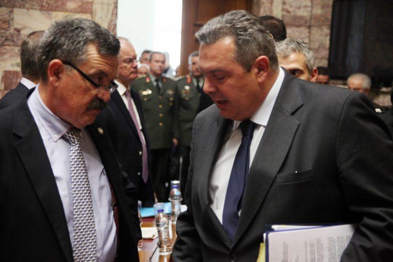 Άγριο επεισόδιο στην Βουλή! Παππάς και Κασιδιάρης έβριζαν Καμμένο και πρόσφυγες – Κλήθηκε ο φρούραρχος | Newsit.gr