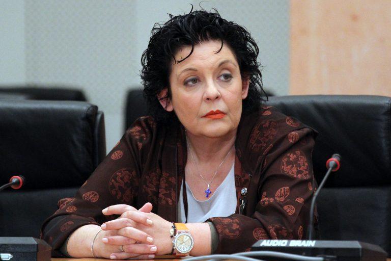 «Περίεργη» εισβολή στο σπίτι της Λιάνας Κανέλλη καταγγέλλει το ΚΚΕ   Newsit.gr
