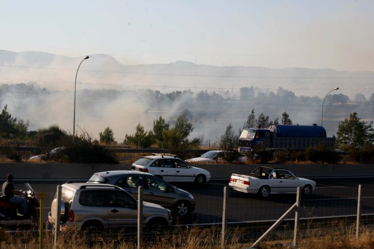 Κλειστός ο δρόμος στα Μάλγαρα λόγω περιορισμένης ορατότητας από φωτιά | Newsit.gr