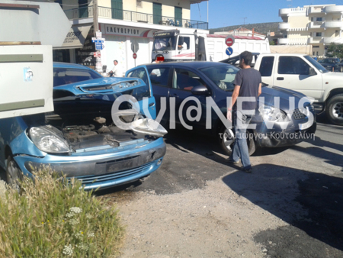Tριπλή καραμπόλα στο Αλιβέρι – Φωτό | Newsit.gr
