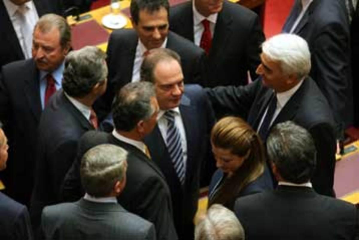 Σα να έχει ήδη παραιτηθεί | Newsit.gr