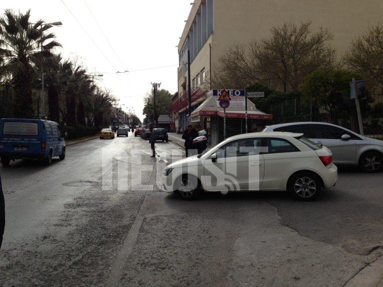 Καραμπόλα με λεωφορείο στη Νίκαια – Μία επιβάτης τραυματίστηκε (ΦΩΤΟ και ΒΙΝΤΕΟ) | Newsit.gr