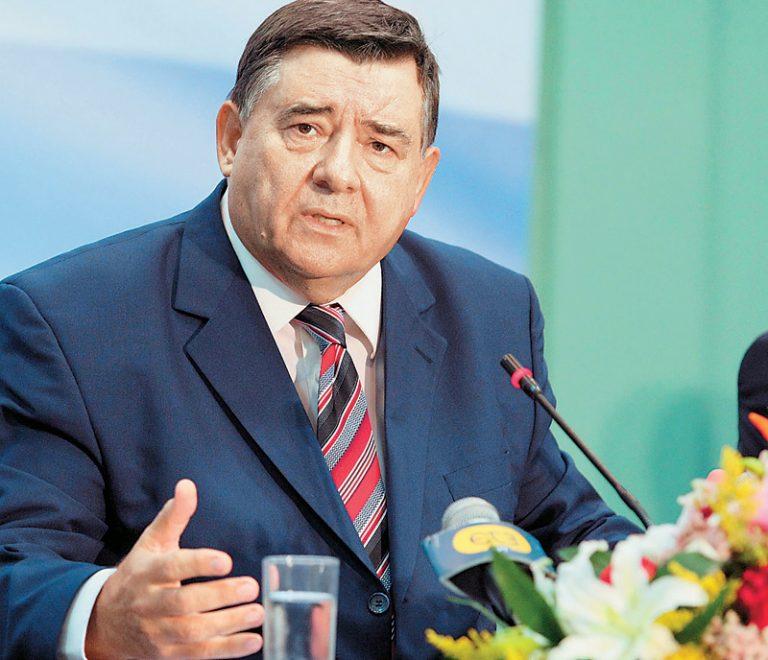 Καρατζαφέρης: Αν δεν μπορούν οι αρχηγοί, να πιέσουν οι βουλευτές των 2 κομμάτων   Newsit.gr