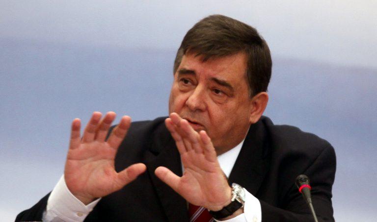 Επιστρέφει το κρατικό αυτοκίνητο ο Καρατζαφέρης | Newsit.gr