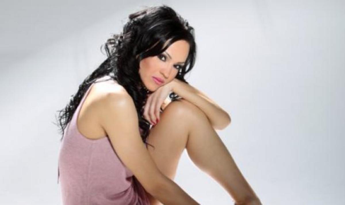 """Ν. Καρρά στο """"Μίλα"""" για τη ζήλεια: """"Αν ο σύντροφός μου είναι χαλαρός, τότε γίνομαι εγώ πιο κατίνα!""""   Newsit.gr"""