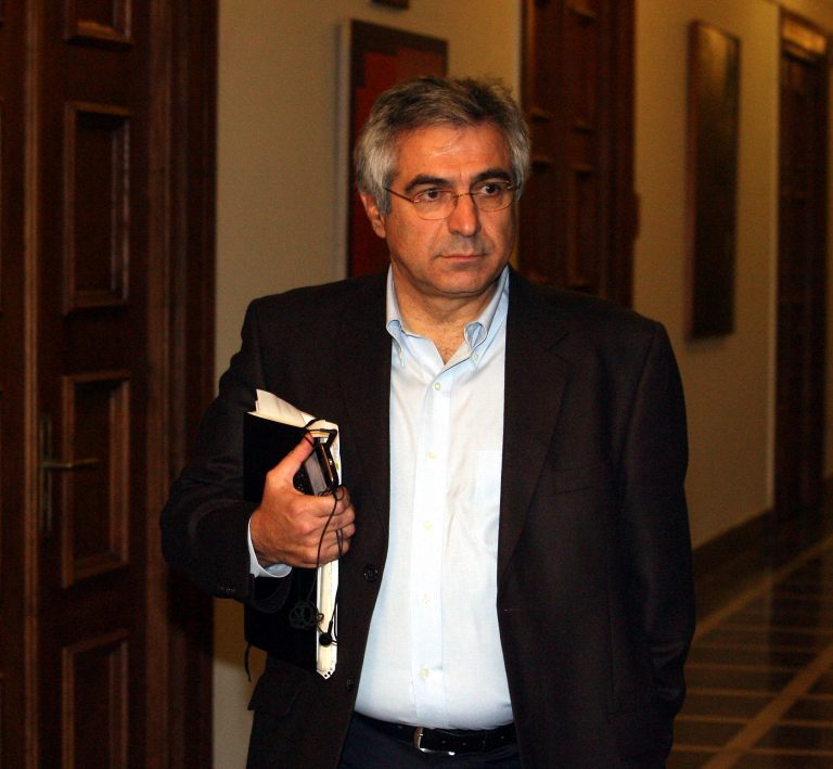 Καρχιμάκης σε Στρατούλη: Όταν δέρνατε στελέχη του ΠΑΣΟΚ, δεν ήταν ανεπίτρεπτο; | Newsit.gr