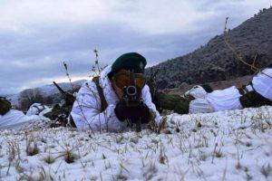 Καταδρομείς στα χιόνια! Η Ε' μοίρα καταδρομών εκπαιδεύεται στο χιόνι [pics]